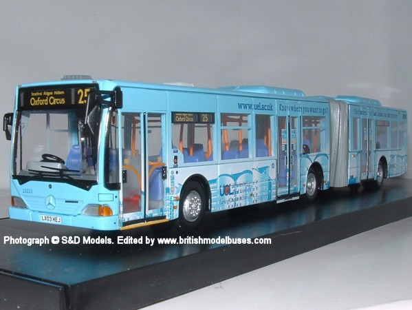 Gallery_Mercedes Citaro 3 axle articulated